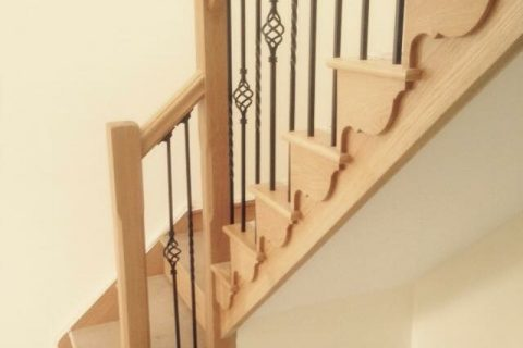 CUT STRING STAIR WITH CAST IRON SPINDLES