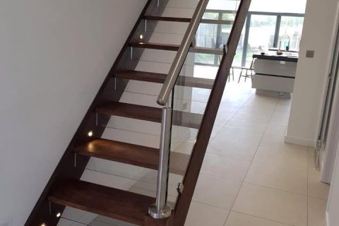 CONTEMPORARY STAIR WITH GLASS AND STAINLESS HANDRAIL